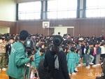12zen15_修成小の演技1.JPG