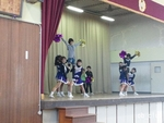 12zen17_修成小の演技3.JPG